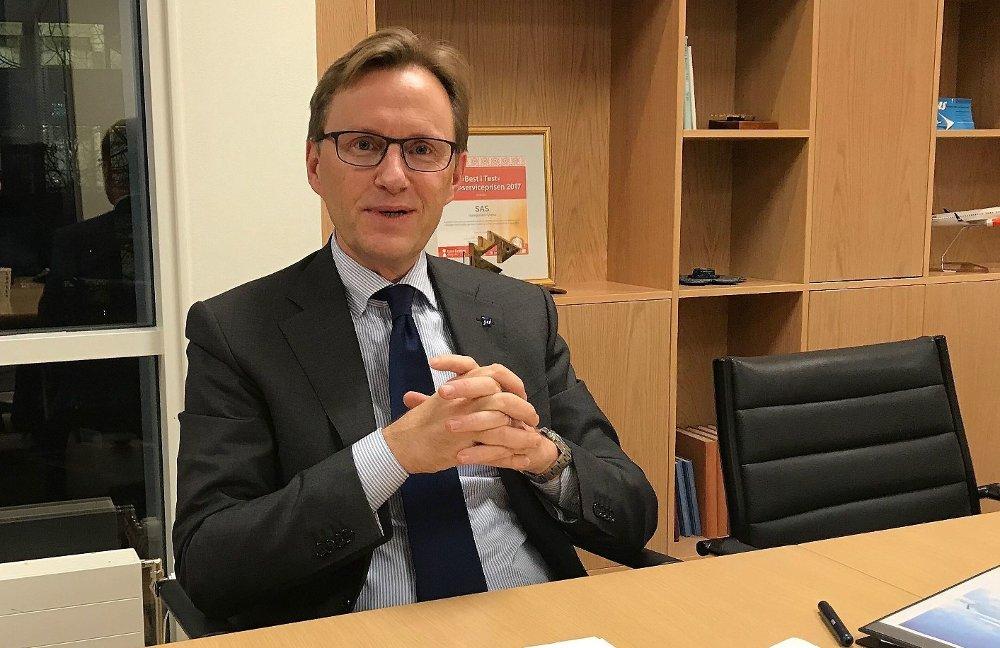 DELER UT PENGER: Finansdirektør i SAS, Torbjørn Wist.