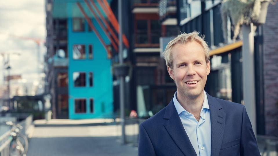 OPTIMIST: Seniorrådgiver Christian Frengstad Bjerknes i NBBL spår fire prosent høyere boligpriser i 2019.