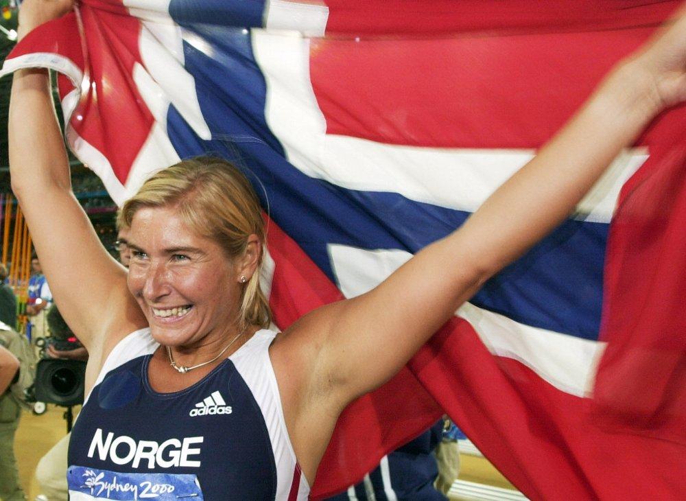 OL-GULL: I 2000 vant Trine Hattestad den gjeveste medaljen i spydfinalen.