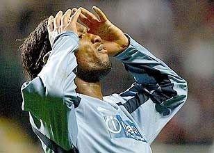 Didier Drogba fortviler etter at det bare ble stang ut mot Newcastle.