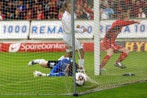 Erik Huseklepp scoret etter bare 19 sekunder i møtet med Fredrikstad på Brann Stadion mandag kveld.