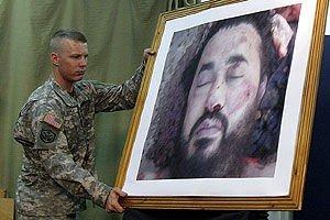 Den amerikanske hæren viste frem bilder av likete etter at al-Zarqawi var drept.