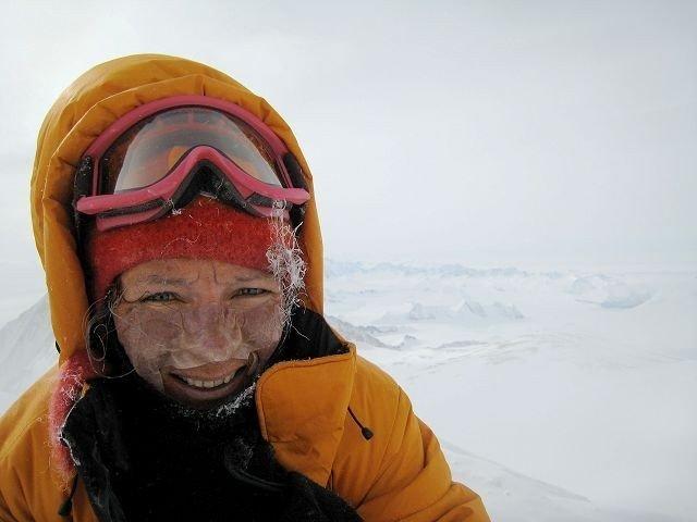 Kristin Moe Krohn på toppen av Mount Vinson. Foto: Privat