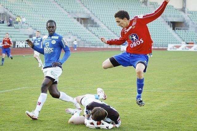 """Mostafa """"Mos"""" Abdellaoue har 17 nettkjenninger for Skeid i år, og scoret intet mindre enn 5 mål i sin avskjedskamp mot Steinkjer. FOTO: CARINA ALICE BREDESEN"""