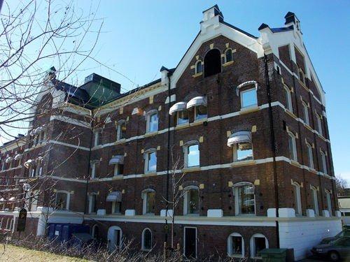 Møtet i bydelsutvalget holdes i bydelsadministrasjonen (bildet), ikke i Studentenes Hus som planlagt.
