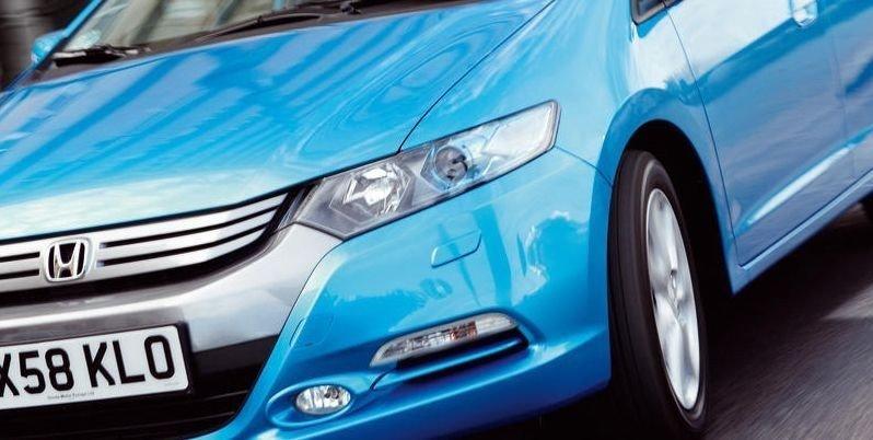 SLAPP KJØRETUR: Honda mener at Insight skal bli like synonymt med hybrid som Prius. Men er den attraktiv nok?