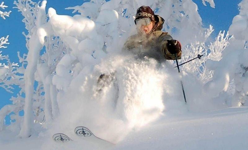 Hvor finnes den perfekte bakken, det hyggeligste anlegget, den korteste køen og den dypeste snøen? Nesbyen (bildet) er blant stedene ekspertene tipser om.