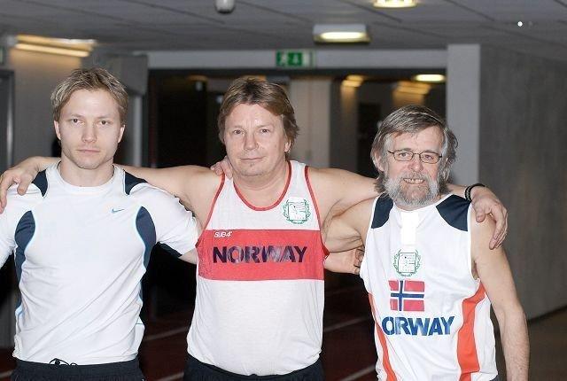 Bernt Arne Tvedt (t.v.), Oddvar Røsten og Thore Kristensen er tre av de fire norske løperne.