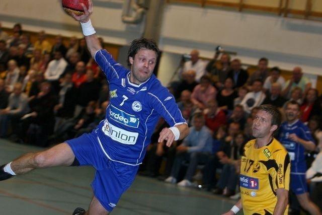 Klar: Marius Riise & Co. i BSK/NIF rykker opp til eliteserien med seierover Romerike i kveld.