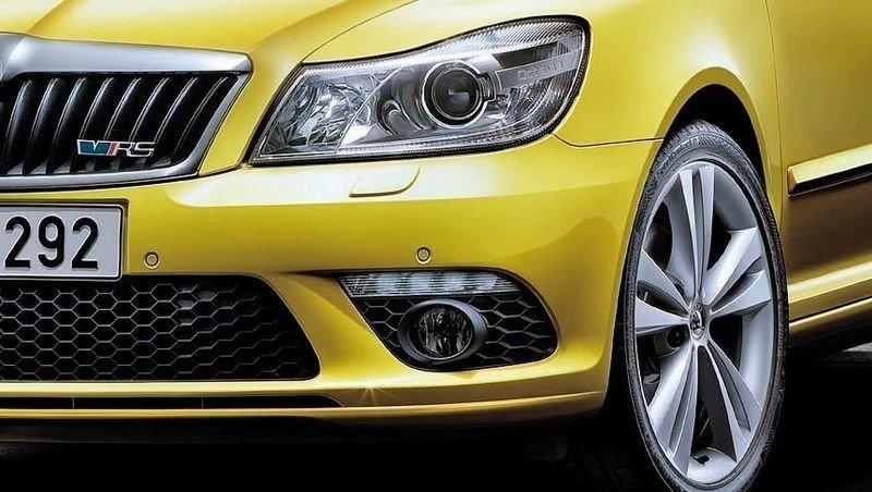 FACELIFT: Skoda Octavia RS har senket luftmotstanden og slanket vekk noen kilo.