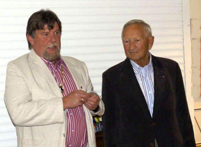 Avtroppende president Øyvind Hauge (t.v.) og Jan Meinert.