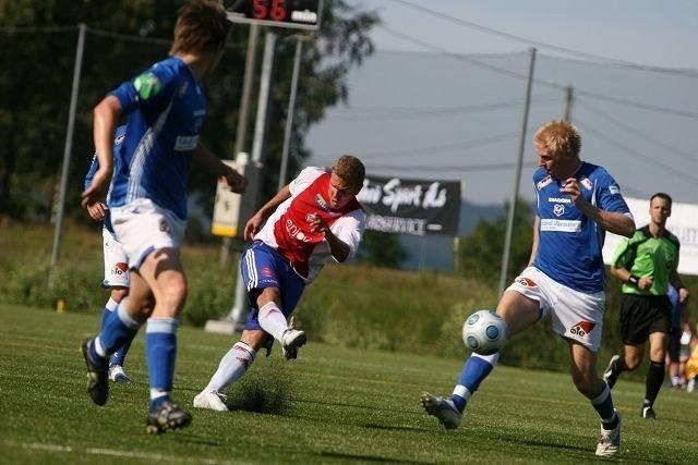 I skuddet: Stian Sortevik banket inn sitt seriemål nummer ti i hjemmekampen mot Eidsvold Turn.