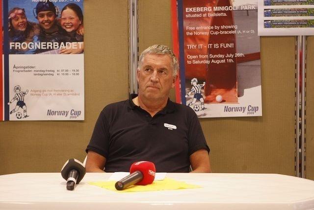 Udramatisk: Idrettslege Odd Arne Daljord bekrefter ett tilfelle av svineinfluensa hos en deltaker på Norway Cup, men avdramatiserer funnet. Foto: Carina Alice Bredesen