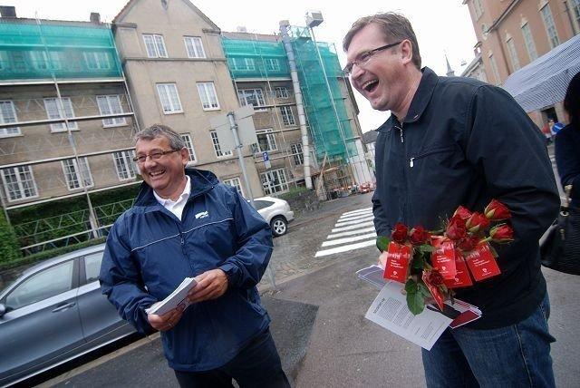 Lokalpolitiker Trond Jensrud (Ap) og stortingsrepresentant for Oslo Per Kristian Foss (H) møttes til høflig duell lørdag. FOTO: JULIE MESSEL