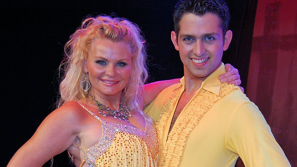 GLEDER SEG: Mia Gundersen og Glenn Jørgen Sandaker gleder seg til å ta danseskoene fatt.