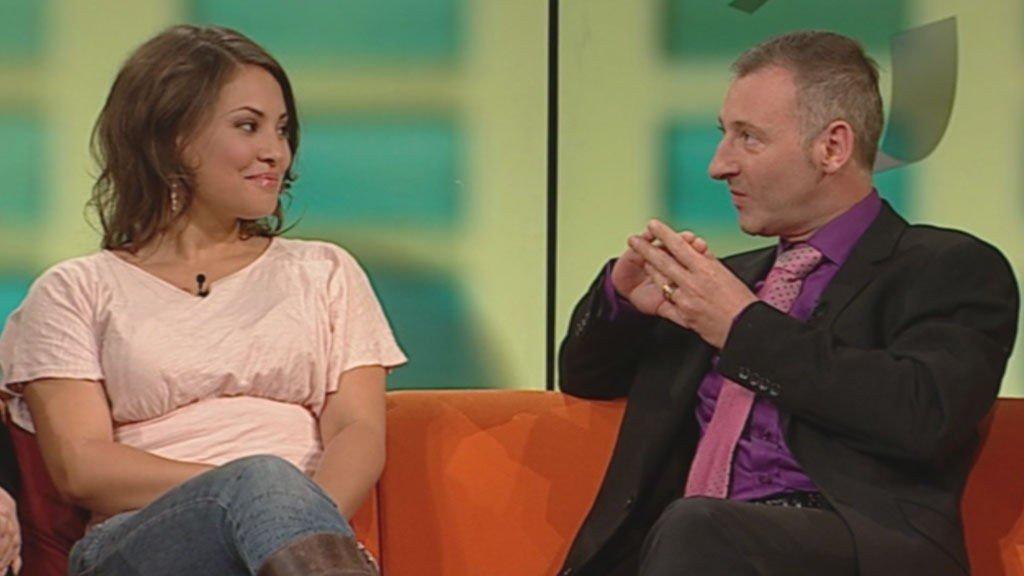 Mira Craig får auraen sin lest av Colin Fry.