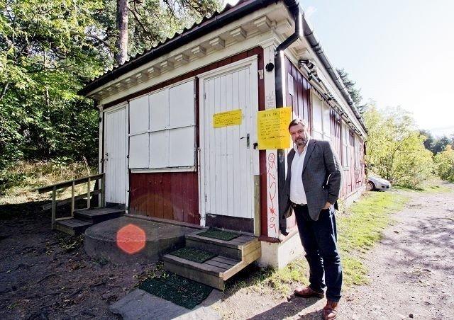 Arve Edvardsen i Nordstrand Høyre mener Utsikten kafé bør oppgraderes av kommunen, for å sikre videre drift.