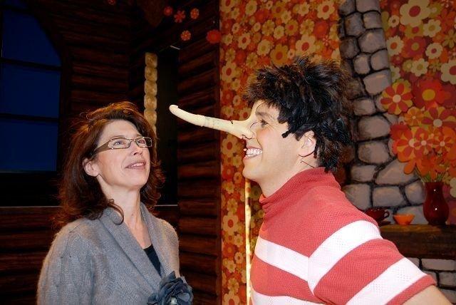 Kostymedesigner Ingrid Nylanders største utfordring til denne forestillingen har vært nesa til Pinocchio (Bernhard Arnø), som skal vokse og krympe i forhold til hvor mye han lyver.