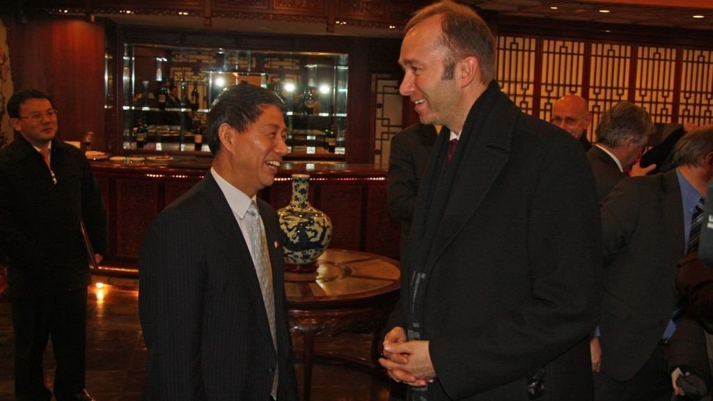 Nærings- og handelsminister Trond Giske er i Kina for å forhandle om en handelsavtale med Kina.