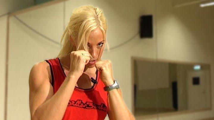 BOKS: Slå deg i form med kickboksing.