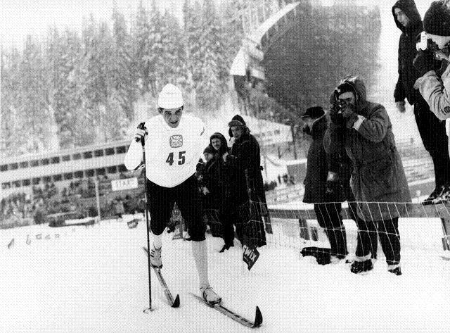 Ble VM-konge: Gjermund Eggen ble den store VM-kongen i 1966. Her er han på vei mot gull på femmila. FOTO: KNUT EDVARD HOLM/SCANPIX