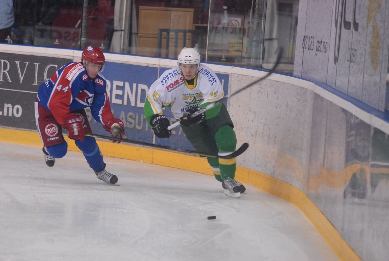 Dave Bonk (t.h.) og MS fikk det for tøft mot Vålerenga i kvartfinaleserien.