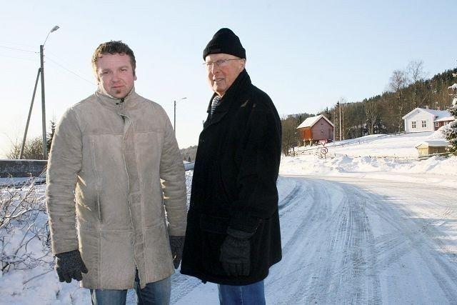 Bu-lederne Anders Røberg-Larsen og Karl P. Olsen vil ikke ha snødeponi på Bånkall. Onsdag kommer de til bydelssalen på Stovner for å gjenta sin motstand. de kommer ikke til å være alene.