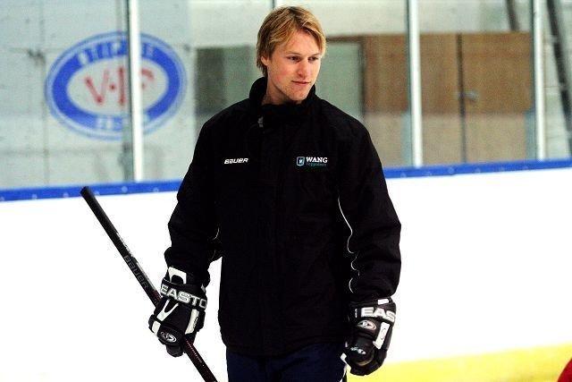 ENDELIG, MATHIS: Mathis Olimb er nå tilbake i full trening med AHL-laget Rockford IceHogs. Her trener han alternativt med Wang Toppidrett tidligere i høst. FOTO: THOMAS GRANERØD