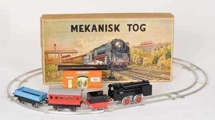 Skikkelig leketøy fra Reidar Werner Bakkes mekaniske verksted i Storgata.