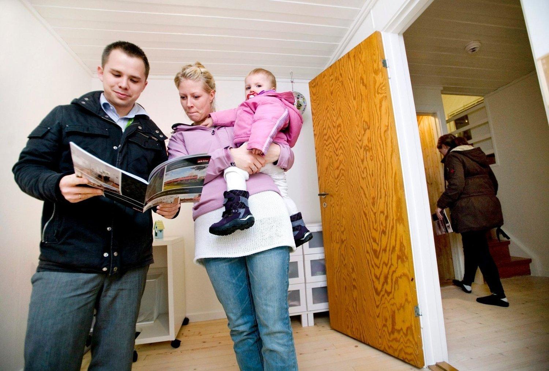 Carl-Petter Udvang og Anette Aukrust ønsker seg en hageflekk til datteren Live Milea (1).