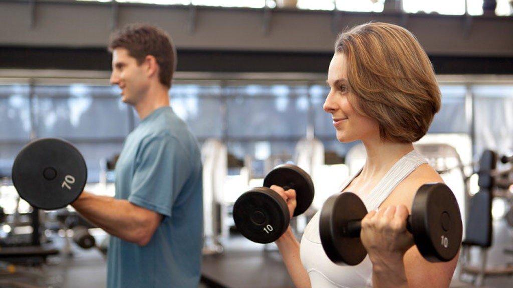 KVINNER OG MENN har mye bra igjen for styrketrening, men menns styrke øker fortere enn hos kvinner.