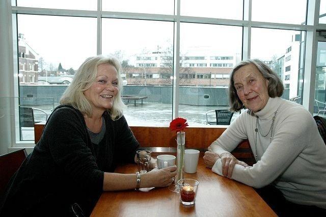 Sier stopp: Heidi Rømming (t.v.) og Ingrid Eide har vært med å vedta utbyggingsprosjekter i Nydalen. Nå vil de ikke gå inn for mer før det foreligger en helhetsplan for området. foto: Karl Andreas Kjelstrup