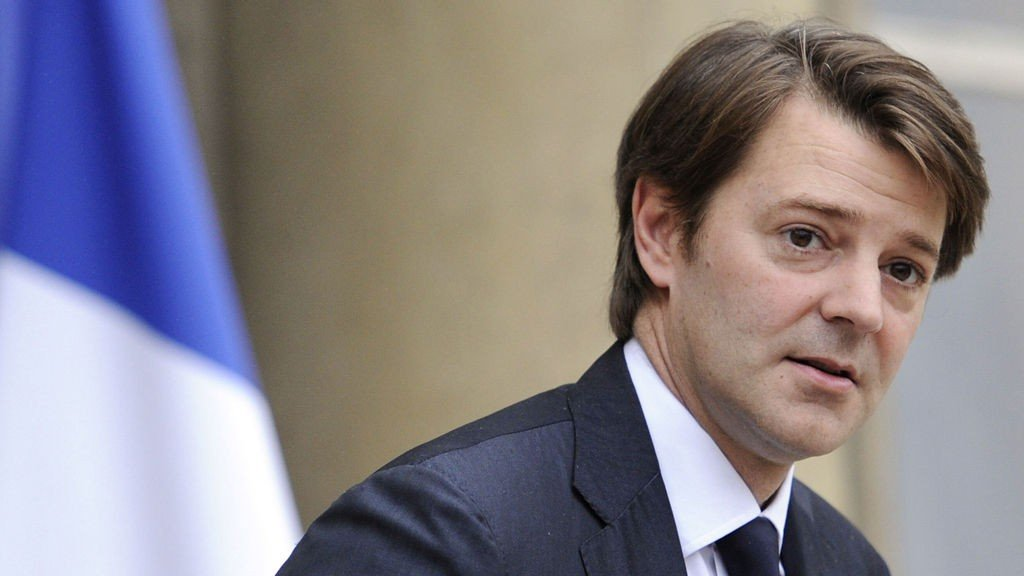 Frankrikes budsjettminister Francois Baroin, vil gjerne at Frankrike kutter i offentlige utgifter før det blir for sent.