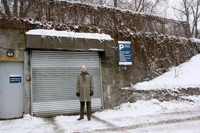 Underjordisk parkeringshus: Torkild Strandvik(V) vil utvide parkeringshuset og gjøre det kommunalt.