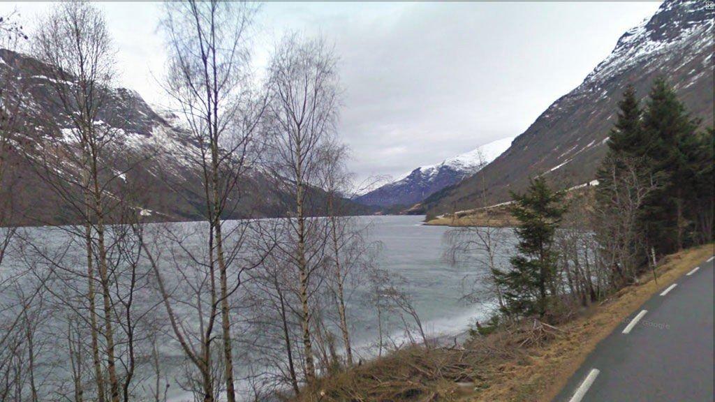 Mannen ble funnet omkommet ved Lovatnet.