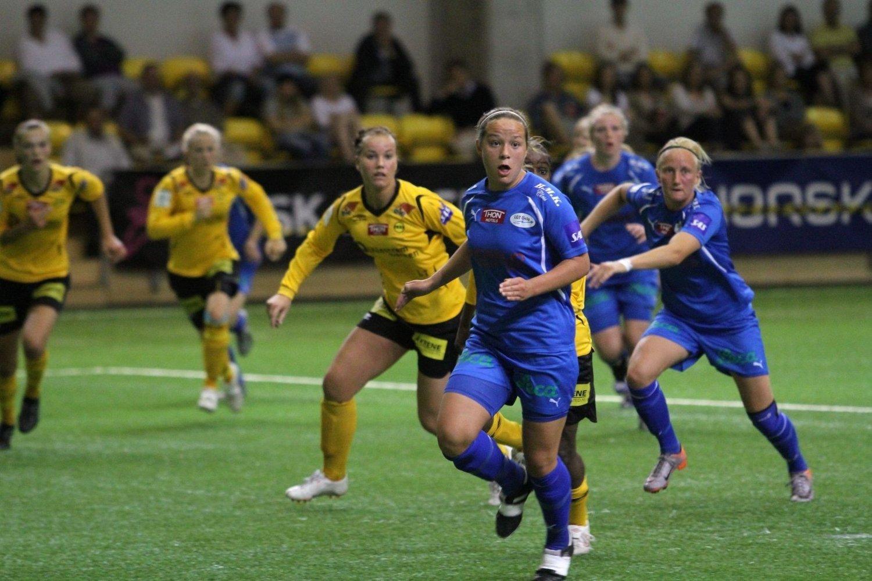 Målscorer: Maren Eithun Hauge sørget for LGT sin eneste scoring mot LSK, her har hun fullt fokus på en av de mange hjørnesparkene laget kjempet seg til.