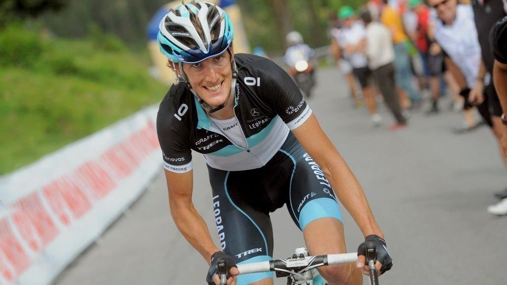 Andy Schleck (Leopard) angriper på den 7. etappen i Sveits rundt 2011.
