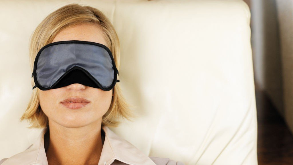 Nok søvn hjelper også mot jetlag.