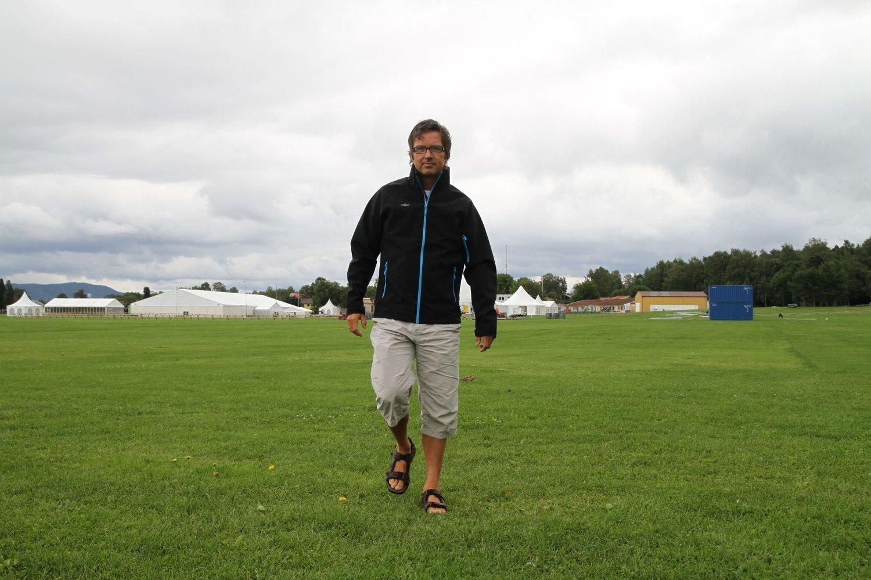 RYSTET: Terje Lund, leder av Norway Cup-styret, forteller at beslutningen om å gjennomføre er tatt i tett dialog med politi , AUF, Regjering, Norges Fotballforbund og Norges Idrettsforbund.