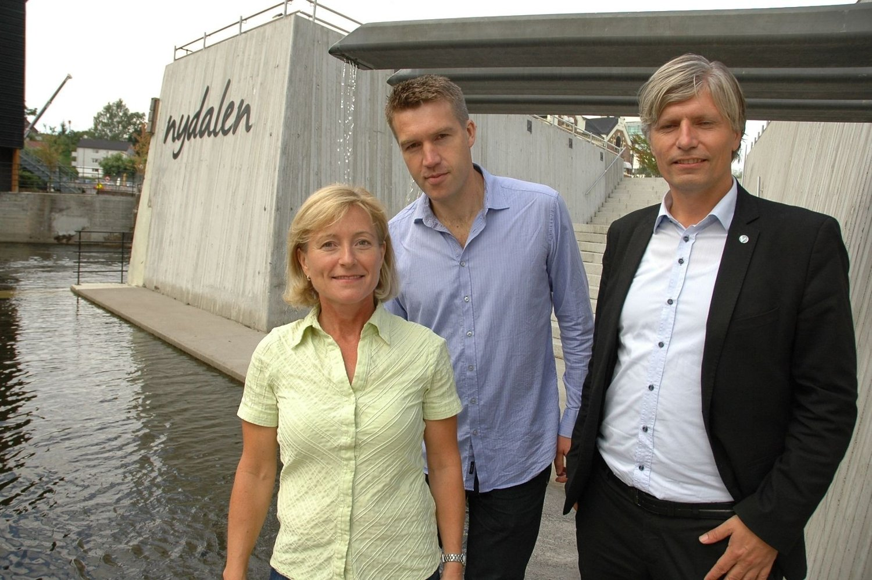 Nordre Aker Venstres May-Brith Døssland og Erik Borge Skei, sammen med Oslo Venstres Ola Elvestuen.