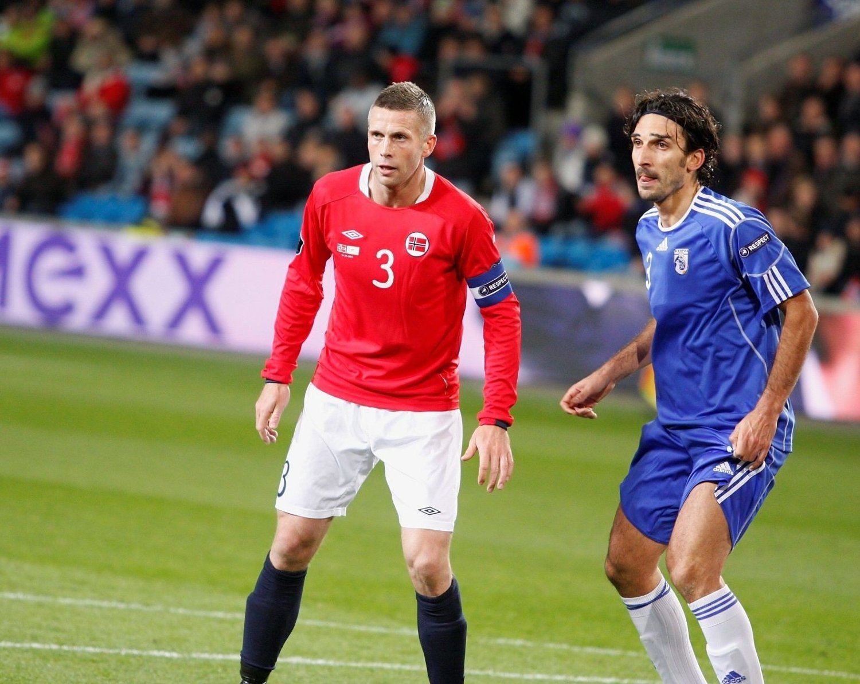 Kjetil Wæhler (35) spilte en god kamp for Norge på Ullevaal stadion tirsdag kveld. Våre beste menn avsluttet EM-kvaliken med å vinne 3–1 over Kypros.