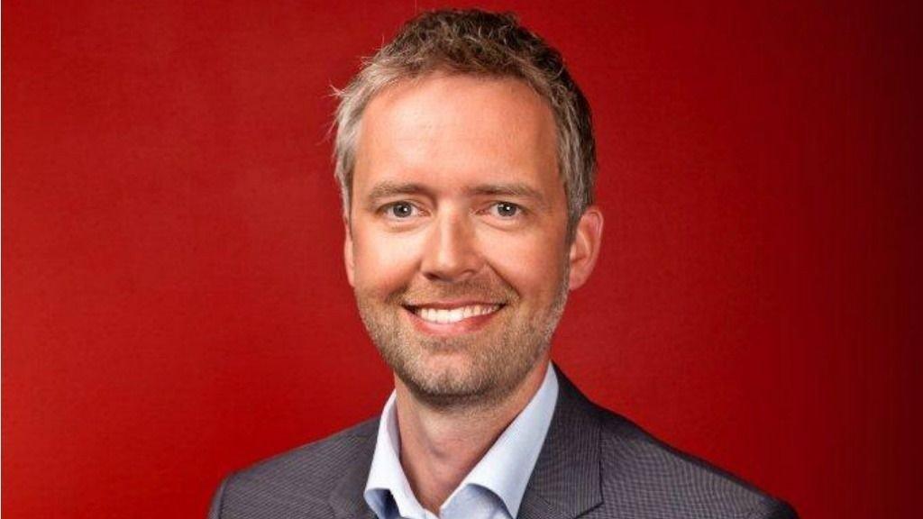 Ruben Søgaard er til daglig administrerende direktør i Mediacom. Nå har han påtatt seg jobben som konferansier under årets Gulltagg.