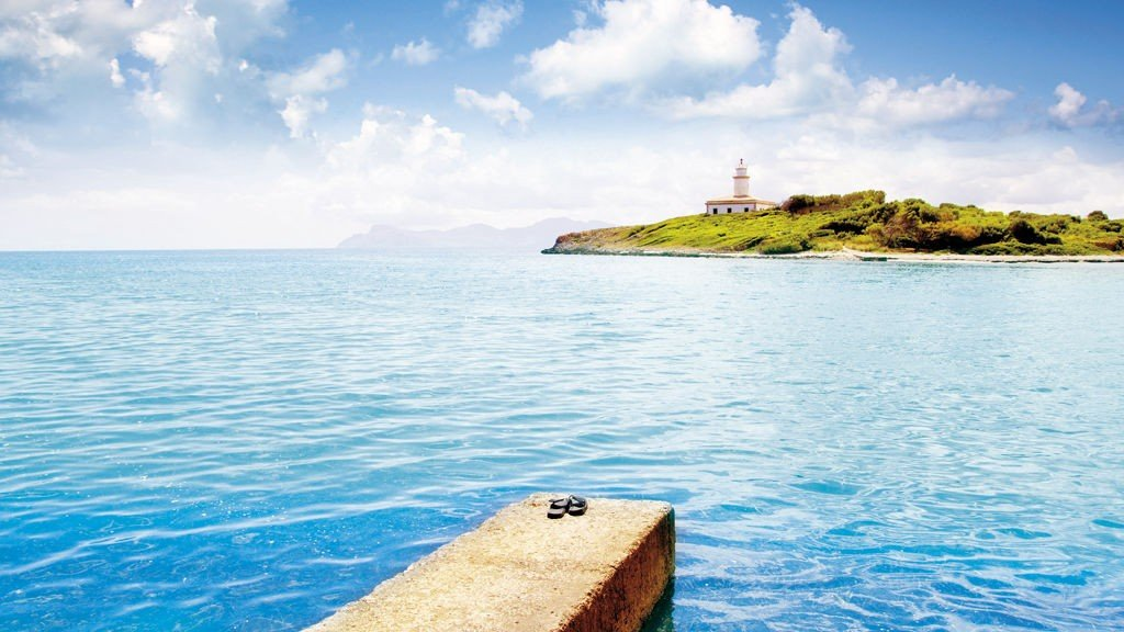 På Mallorca kan du dra på hotell som er forbeholdt voksne og slik være sikker på å få fred og ro.