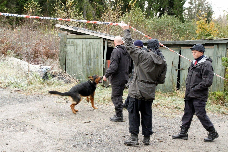 SKJULT: Hans Rickard Strømner ble funnet ved disse garasjene i Dølerudveien den 13. oktober.