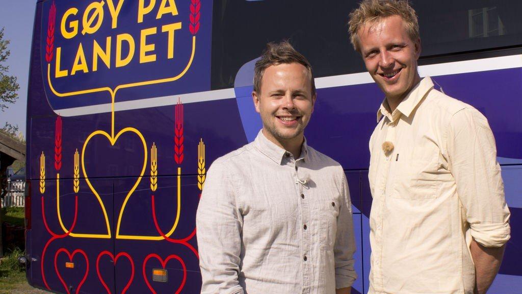Fridtjof Nilsen og Alexander Nyhagen er programledere i Gøy på landet.