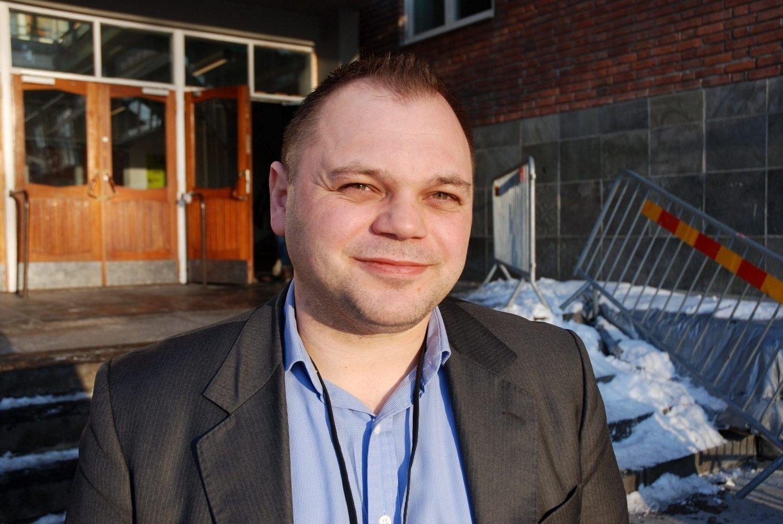 TALL TELLER IKKE: Rektor Leif Ersnes på Marienlyst skole mener elevenes bånd til læreren er viktigere enn antall lærere.