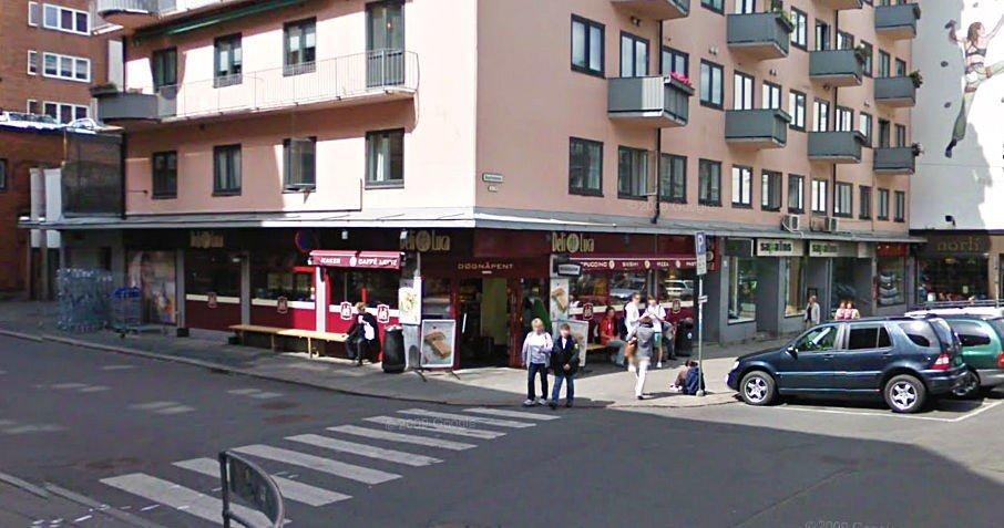 Denne Deli de Luca-kiosken i Bogstadveien ble ranet torsdag kveld.
