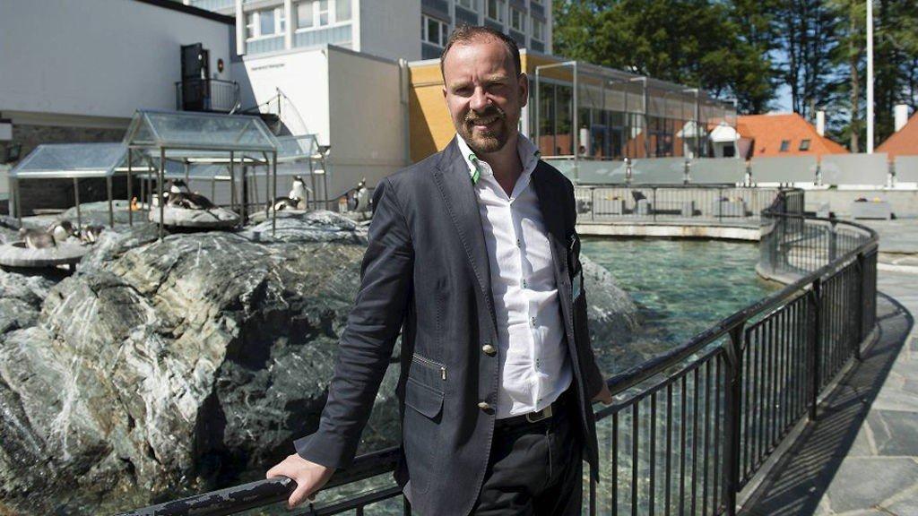 Akvarie-direktør Kees Ekeli har måttet gjøre dratiske kutt i driften etter en sommer som ikke har svart til forventningene.