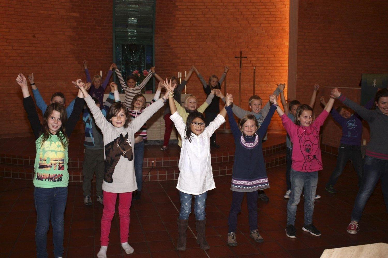 Trent mye: Det blir mye sang og dans under årets United-konsert i Holmlia kirke lørdag. HoBaMax er blant de mange aktørene som har trent mye. FOTO: Arne Vidar Jenssen