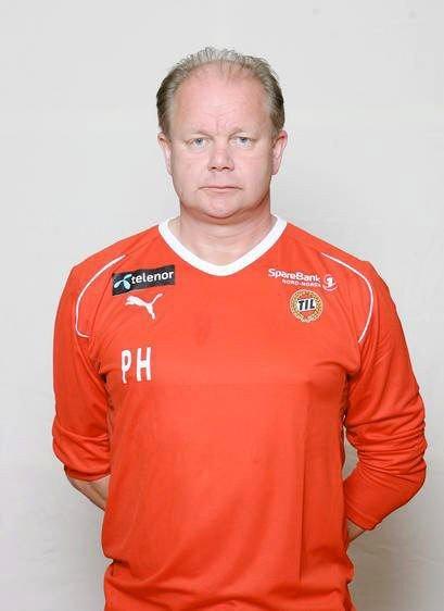Per-Mathias Hømo har hatt en lunken start som landslagstrener, etter de to første kampene, og har ikke klart å overbevise folket. Men med resultater vil også entusiasmen komme, tror de vi har snakket med.